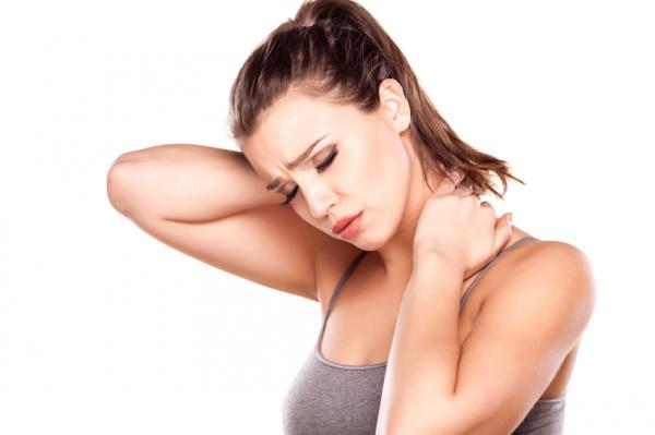 Causas y tratamiento del dolor de cuello en el lado derecho - El dolor de cuello en el lado derecho