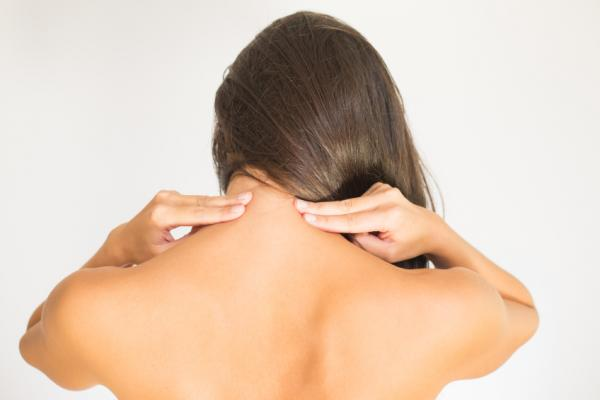 Causas y tratamiento del dolor de cuello en el lado derecho - Otras causas de dolor de cuello