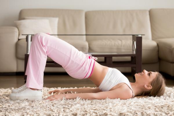 Cómo hacer crecer los glúteos - Elevación de caderas o puente