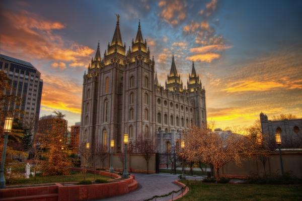 En qué creen los mormones - Quiénes son los mormones: características y orígenes