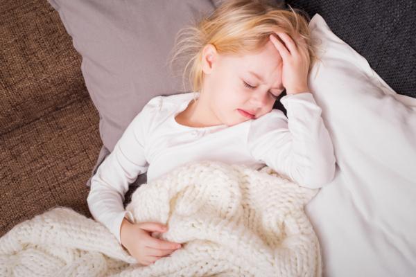 Cómo curar el empacho en niños - Síntomas de empacho en niños