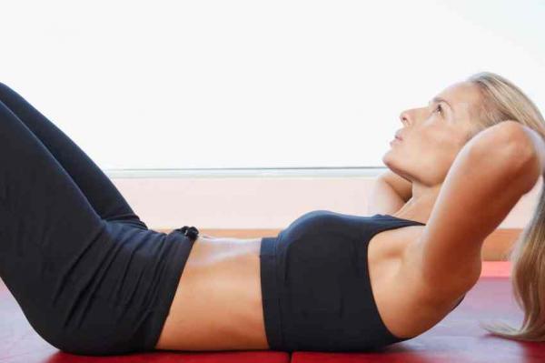Cómo reafirmar el abdomen después del embarazo - Abdominales hipopresivos para después del parto