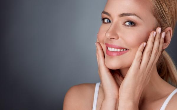 ¿Es bueno el aceite de rosa mosqueta para la cara? - Remedios naturales con aceite de rosa mosqueta para el rostro