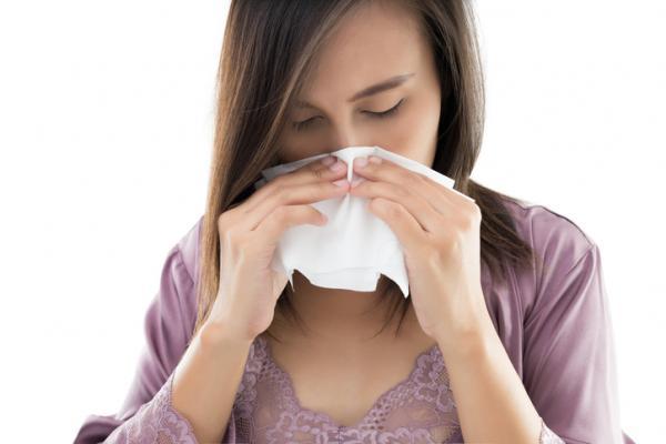 Costras en la nariz: por qué salen y remedios caseros - Costras por sequedad en la nariz