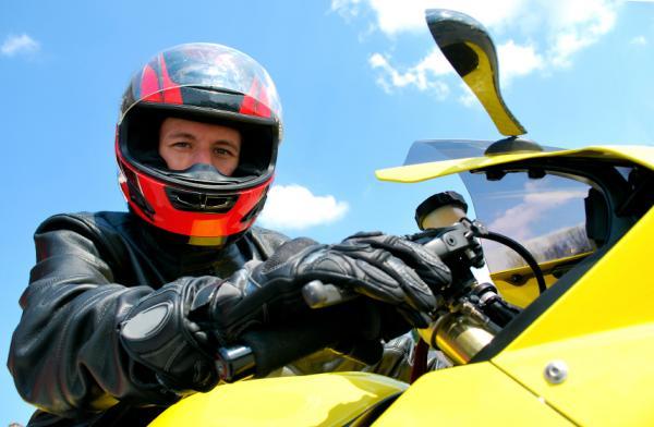 Cómo saber a nombre de quién está una moto - Como averiguar el propietario de una moto - la DGT