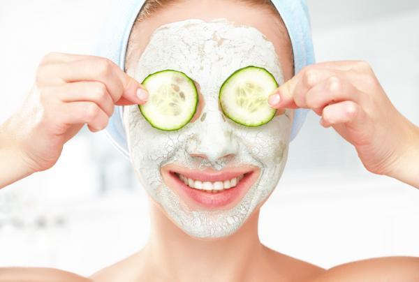 Tratamientos para la flacidez facial - Tratamiento de pepino para la cara caída