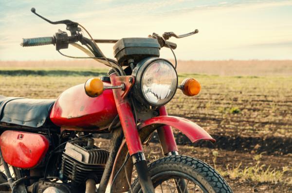 Cómo saber si el regulador de mi moto está dañado - Cómo saber si falla el regulador de una moto