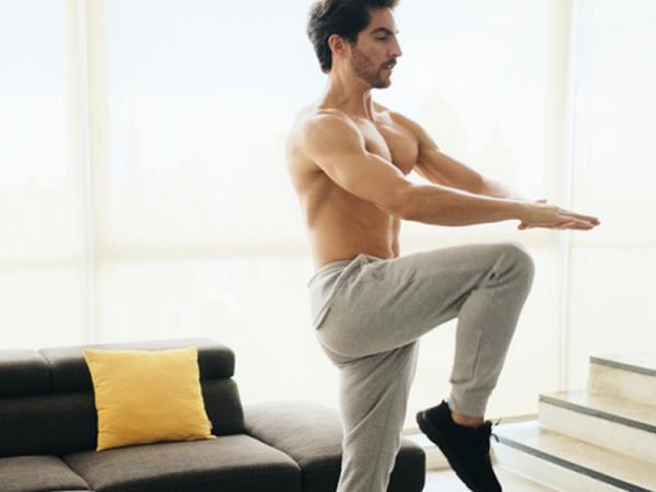 10 Ejercicios para tonificar el abdomen - Ejercicios para endurecer el abdomen: extensiones de piernas
