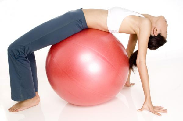 10 ejercicios para el dolor de cintura - Ejercicios para el lumbago: flexibilidad en la pelvis
