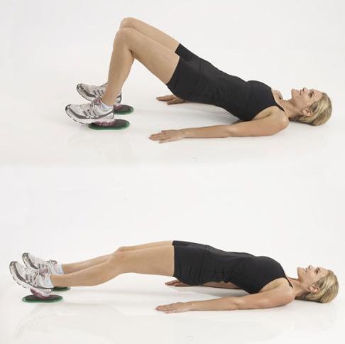 10 ejercicios para los isquiotibiales - Puente isométrico deslizando los pies