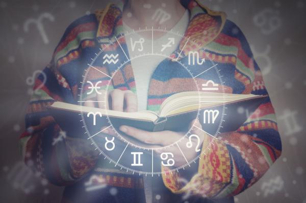 La compatibilidad de los signos zodiacales en el amor - Compatibilidad de Acuario con los signos del zodiaco en el amor