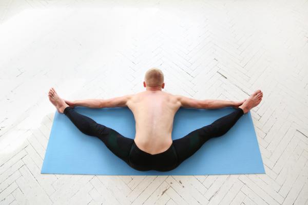 14 ejercicios de flexibilidad - Estiramiento para aumentar la flexibilidad de la espalda