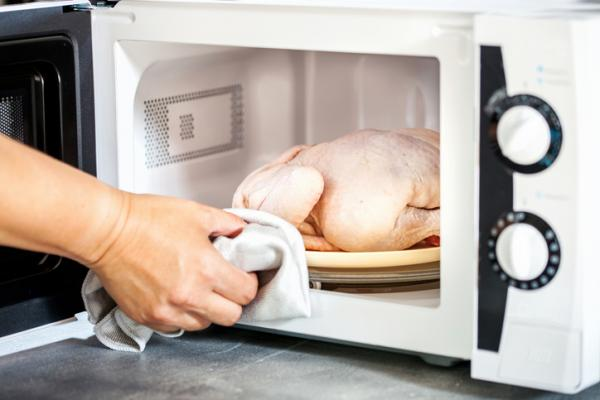 Cómo descongelar pollo - Cómo descongelar pollo en microondas