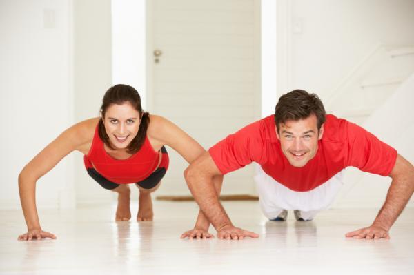 Rutina de ejercicios para aumentar masa muscular en el gimnasio - Flexión de codos