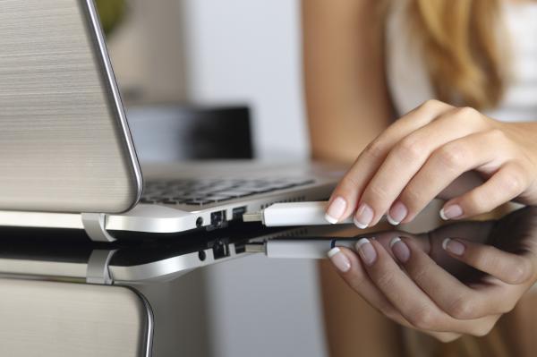 Cómo reparar un pendrive - Cuál es el mejor programa para reparar un USB