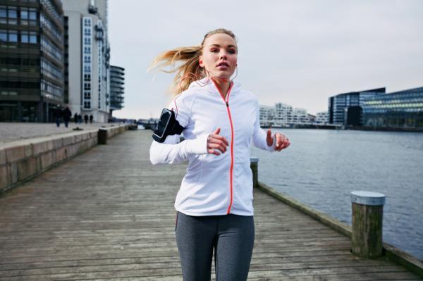 Cómo bajar de peso naturalmente - Cómo bajar de peso naturalmente con footing