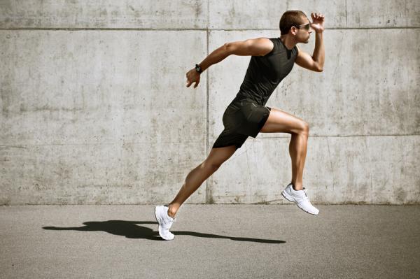Ejercicios para subir de peso - Zancadas y saltos