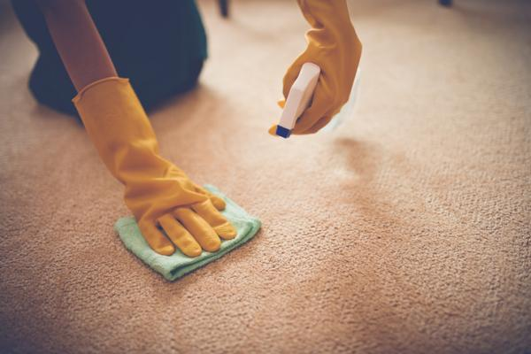 Cómo limpiar alfombras en casa - Cómo limpiar alfombras con amoníaco