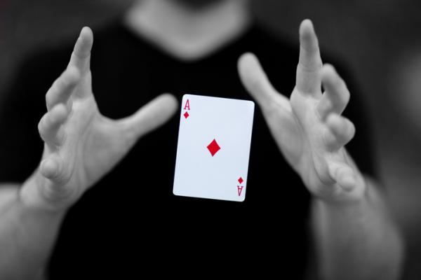 10 Trucos de magia fáciles - Dónde está el As
