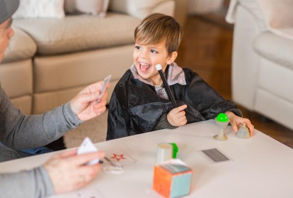 10 Trucos de magia fáciles - Trucos de magia explicados para niños