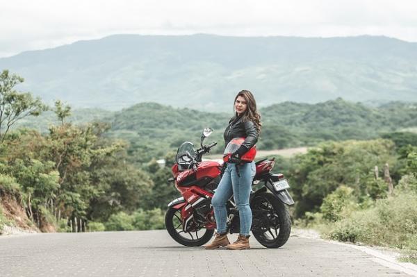Consejos para viajar en moto en verano - Equipamiento para viajar en moto en verano
