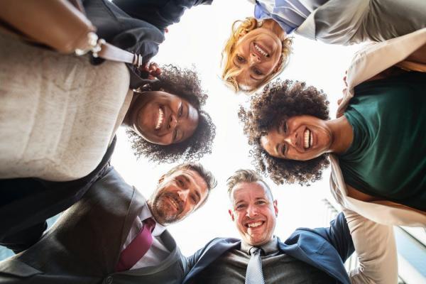 Cómo hacer un team building original para empresas - Qué es un team bulding