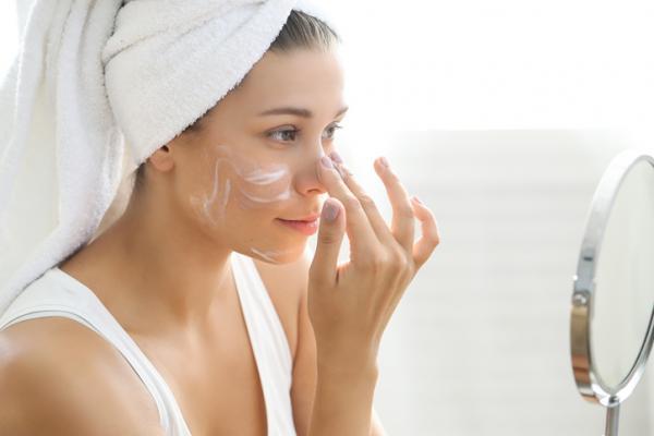Cómo eliminar el exceso de grasa en la cara - Cómo eliminar el exceso de grasa en la cara