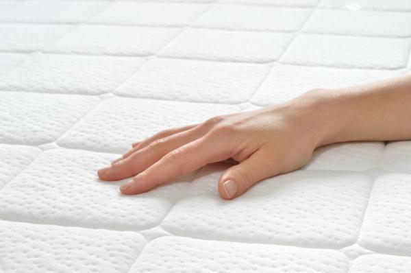 Cómo desinfectar un colchón - Desinfectar un colchón con vapor