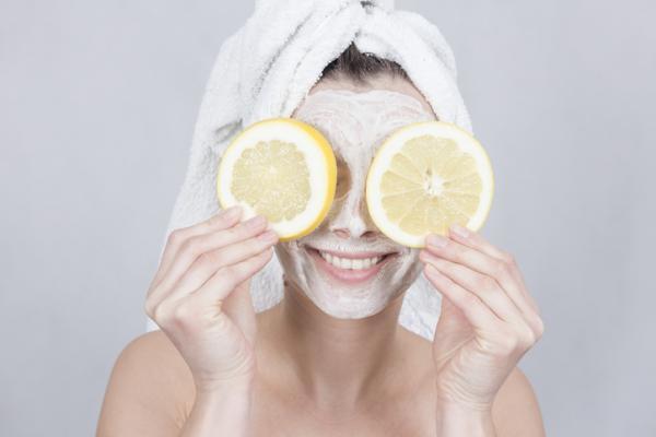 Mascarilla de avena y limón - Propiedades del limón para la piel