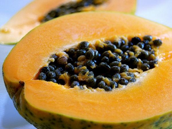 8 frutas para la gastritis - Papaya