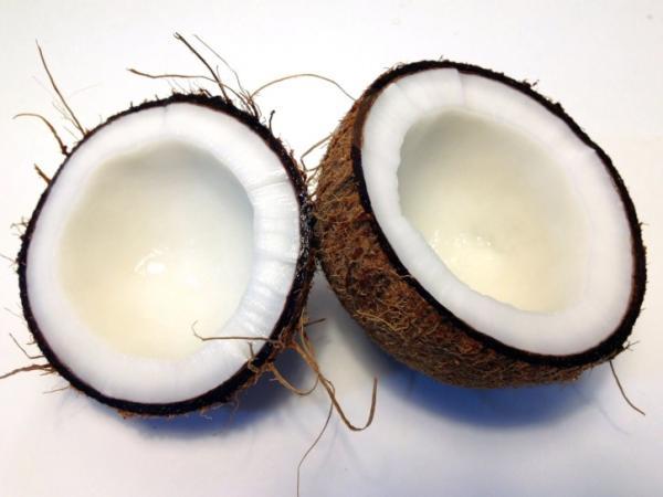 8 frutas para la gastritis - Coco para la gastritis
