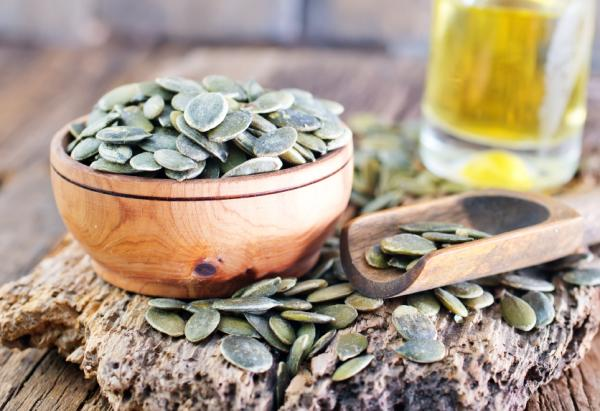 11 tipos de semillas comestibles y sus propiedades - Semillas de calabaza: información nutricional