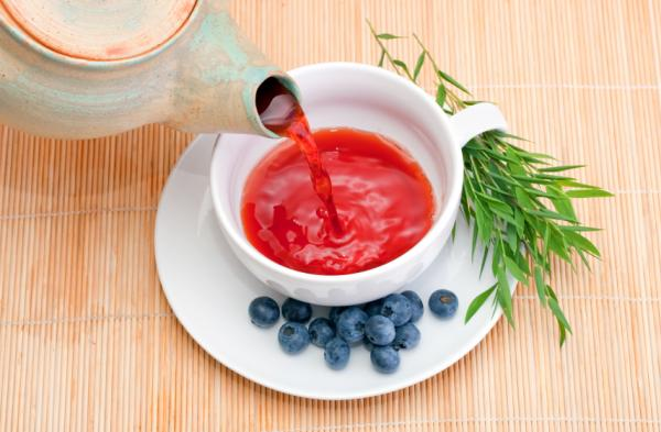 18 plantas medicinales para la diarrea - Hojas de arándanos