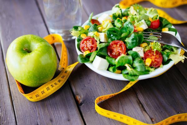 Cómo quemar y eliminar grasa de la espalda - Recomendaciones alimentarias para eliminar grasa de la espalda baja y alta