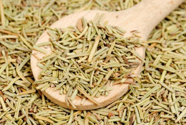 Té de romero: para qué sirve, contraindicaciones y cómo hacerlo - Cómo hacer té de romero paso a paso