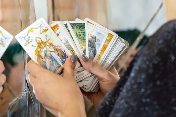 Tarot Visa: cómo encontrar uno económico y fiable - Por qué elegir tarot Visa