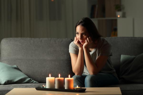 Cómo limpiar la casa de energías negativas con limón - Cómo saber si hay malas energías en casa - señales de negatividad