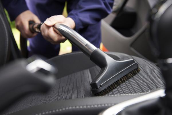 Cómo limpiar la tapicería del coche - Limpieza general de la tapicería del coche