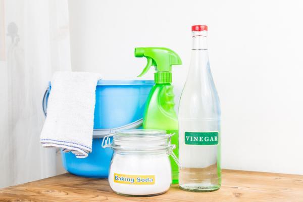Cómo destapar un inodoro muy tapado - Cómo destapar un inodoro con bicarbonato de sodio