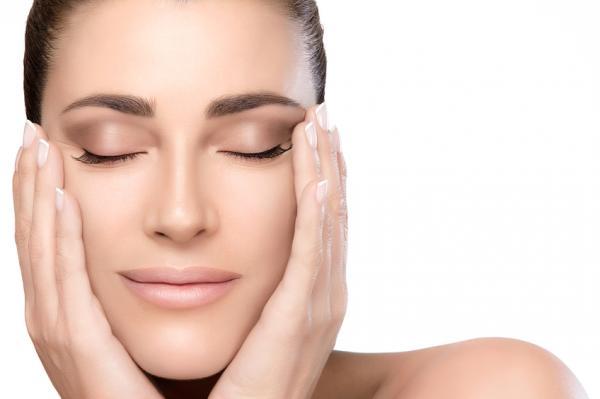 7 ejercicios de yoga facial - Beneficios del yoga facial o gimnasia facial