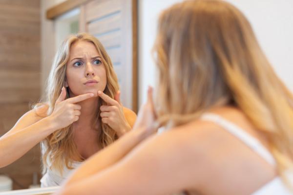 Cómo cerrar los poros abiertos con bicarbonato