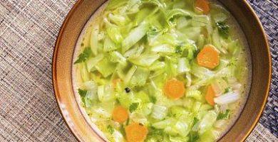 Cómo hacer sopa de verduras para dieta