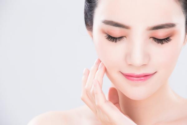 Maquillaje coreano paso a paso - Maquillaje coreano del rostro