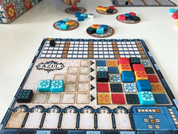35 juegos para jugar en familia en casa - Juegos de mesa para jugar en familia