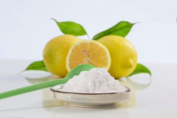 Cómo quitar el sarro de la regadera - Bicarbonato y limón