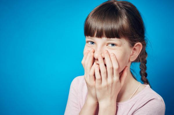Por qué se me calientan las orejas - Reacciones emocionales