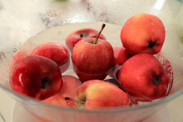 Cómo hacer mermelada de manzana sin azúcar - Paso 1