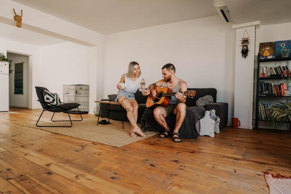 Juegos para parejas divertidos - Juegos musicales
