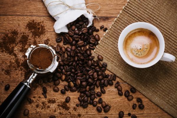 Por qué mi orina huele a café - te lo contamos - ¿El café altera el olor de la orina?