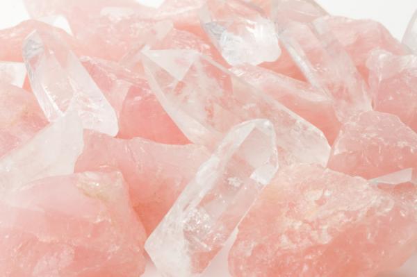 Las mejores piedras para Virgo - lista completa - Cuarzo rosa